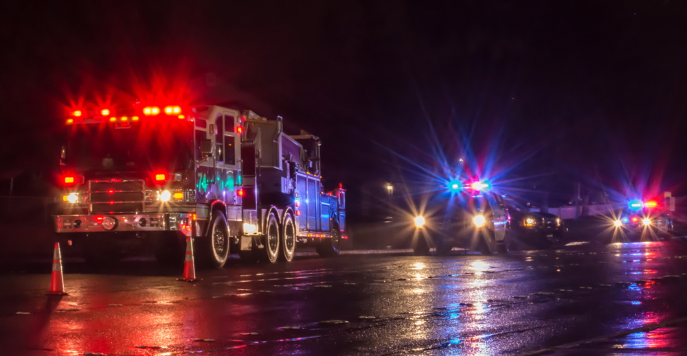 Summit – One Injured in Tanker Truck Fuel Spill