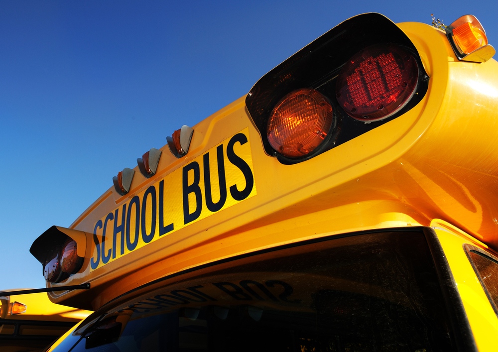 Howell – School Bus Hits Pole on Route 547